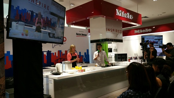 Asian Food Channel Celebrity Chef Anna Olsen with Singapore Emcee Lester Leo