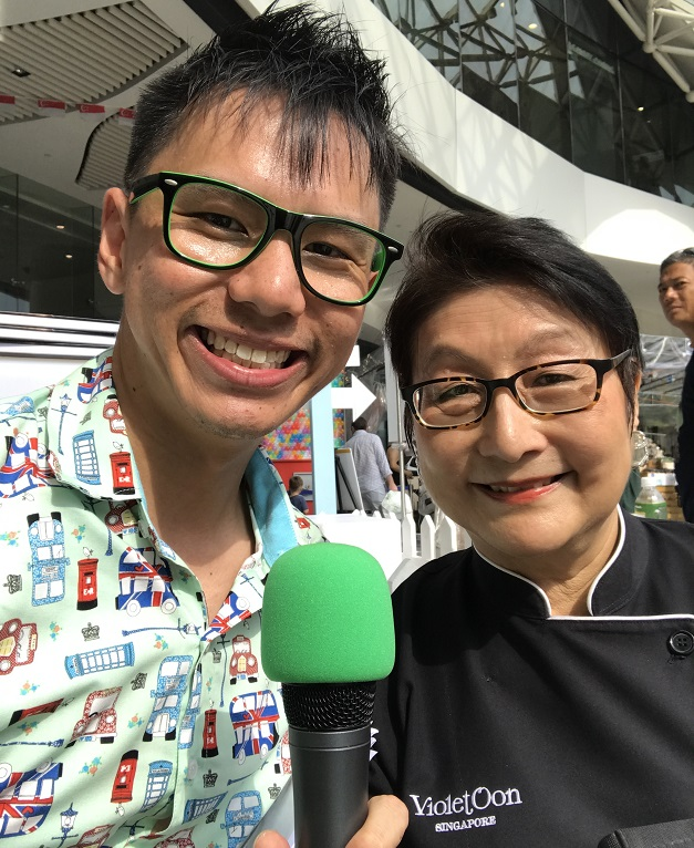 Emcee Lester with celebrity chef violet oon