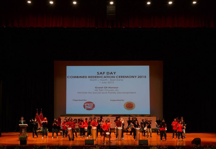 SAF Day with Minister Tan Chuan Jin and Emcee Lester Leo