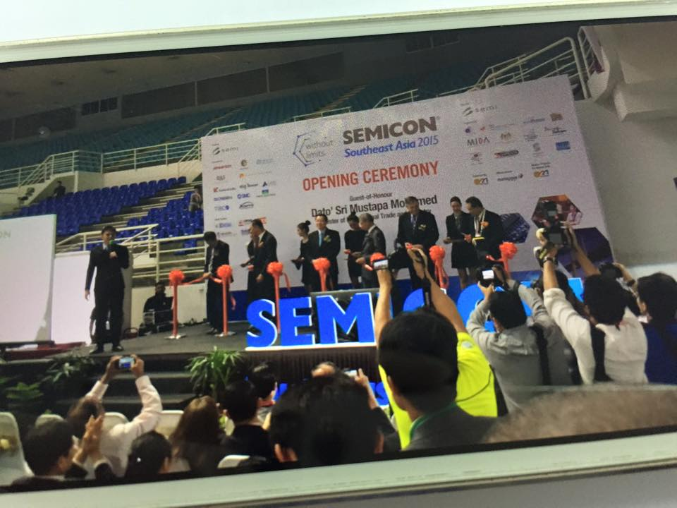 Semicon with Malaysian minister emcee Lester Leo