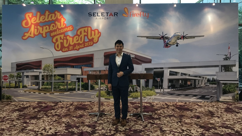 Firefly inaugural flight Subang to Seletar Airport - Emcee Lester