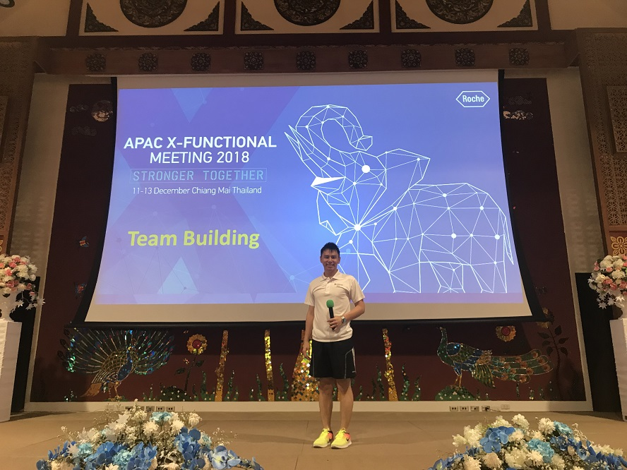 Roche x functional team building - event in Chiang Mai emcee lester